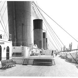 Titanic-2nd class Deck 250x250